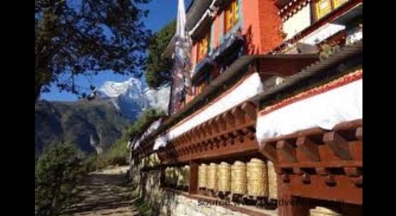 Kumbhu Lhakhang,Phobjikha Valley